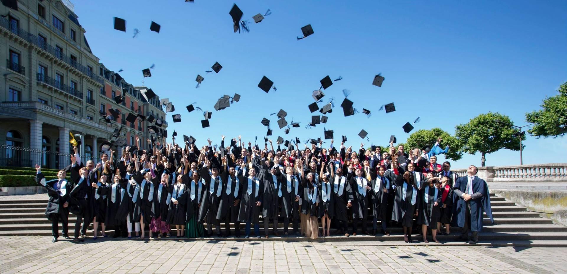 Thông tin du học EU Business school năm 2021
